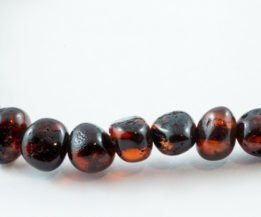AMBER necklaces and bracelets for adults