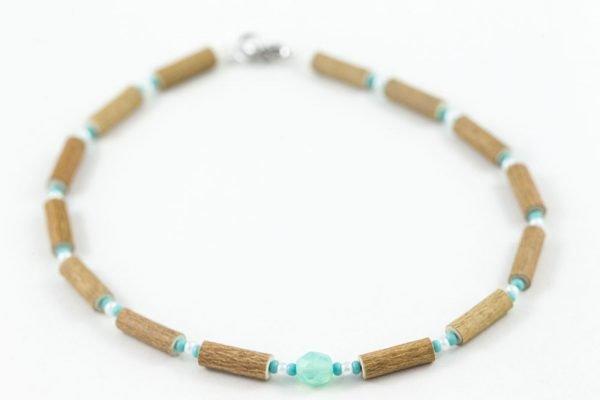 collier noisetier pendentif turquoise blanc complet