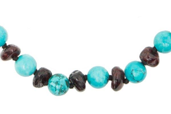 Necklaces & bracelets for adults
